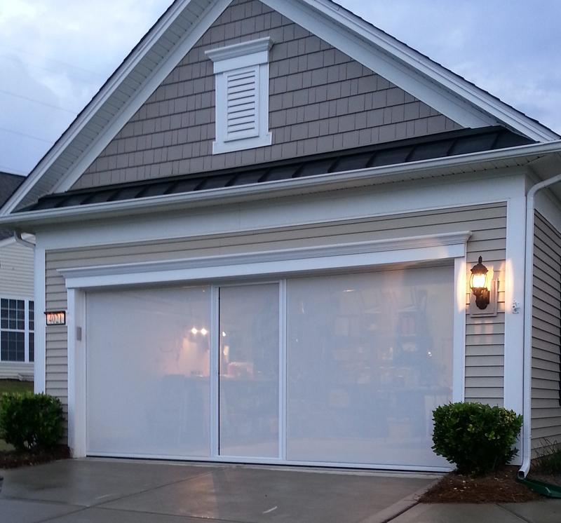 Garage door screen garage door screens retractable for Screen door garage roller door