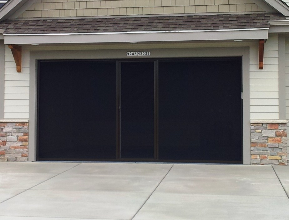 Garage door screen garage door screens retractable for Retractable double garage door screen
